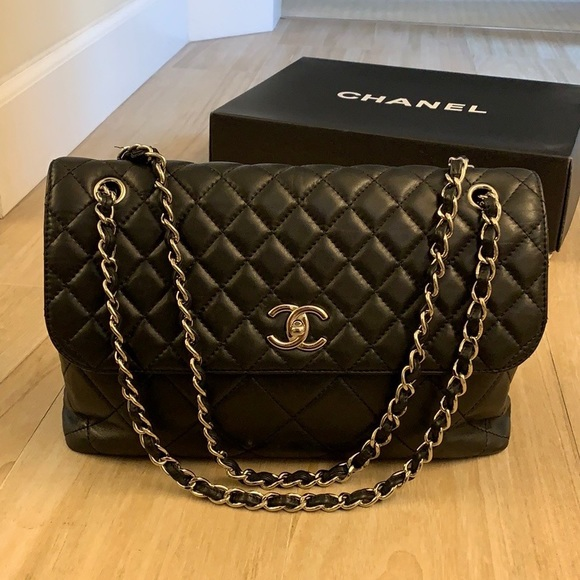 2761830c7e9e CHANEL Bags | Business Flap Bag | Poshmark
